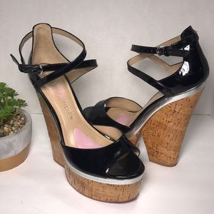 PARIS HILTON BLACK PATTEN LEATHER PLATFORM SANDALS